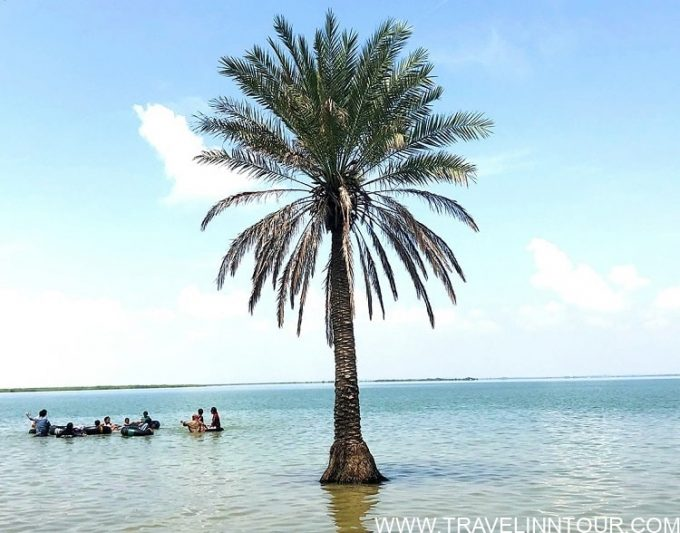 Lake Keenjhar